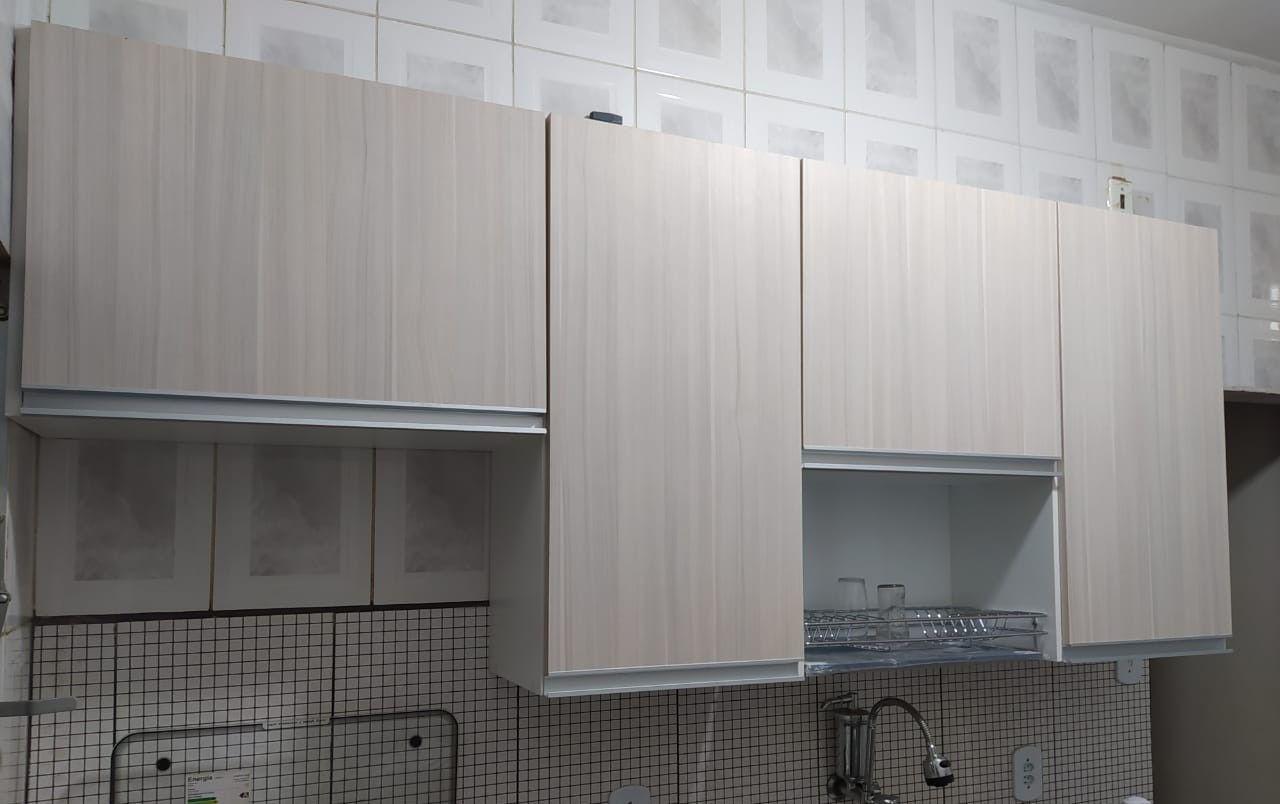 Aéreo cozinha, com espaço para escorredor.