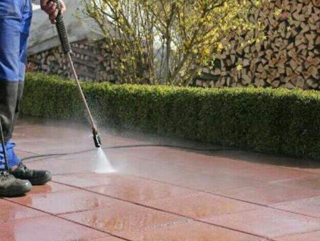 limpeza de quintal e calçada