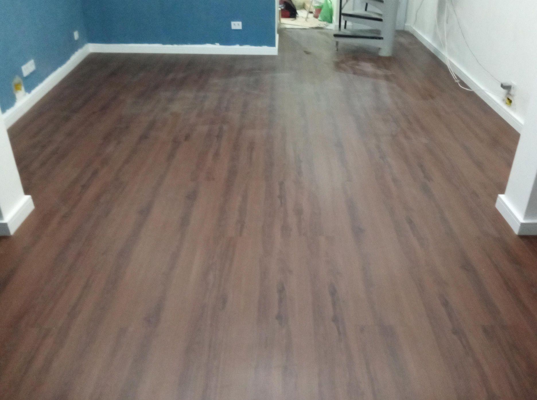 piso vinílico régua 3mm obra residencial