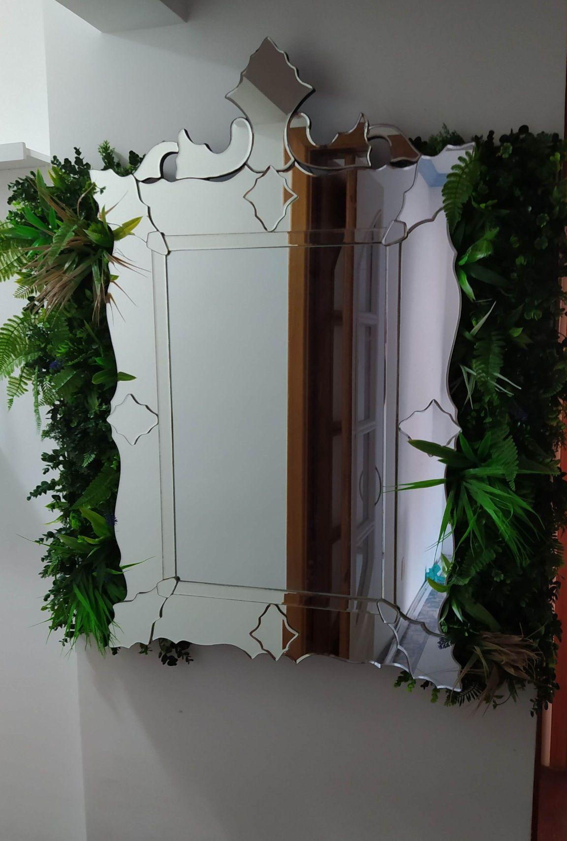 instalação espelho com grama artificial