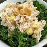 Salada Tropical de frango ao curry