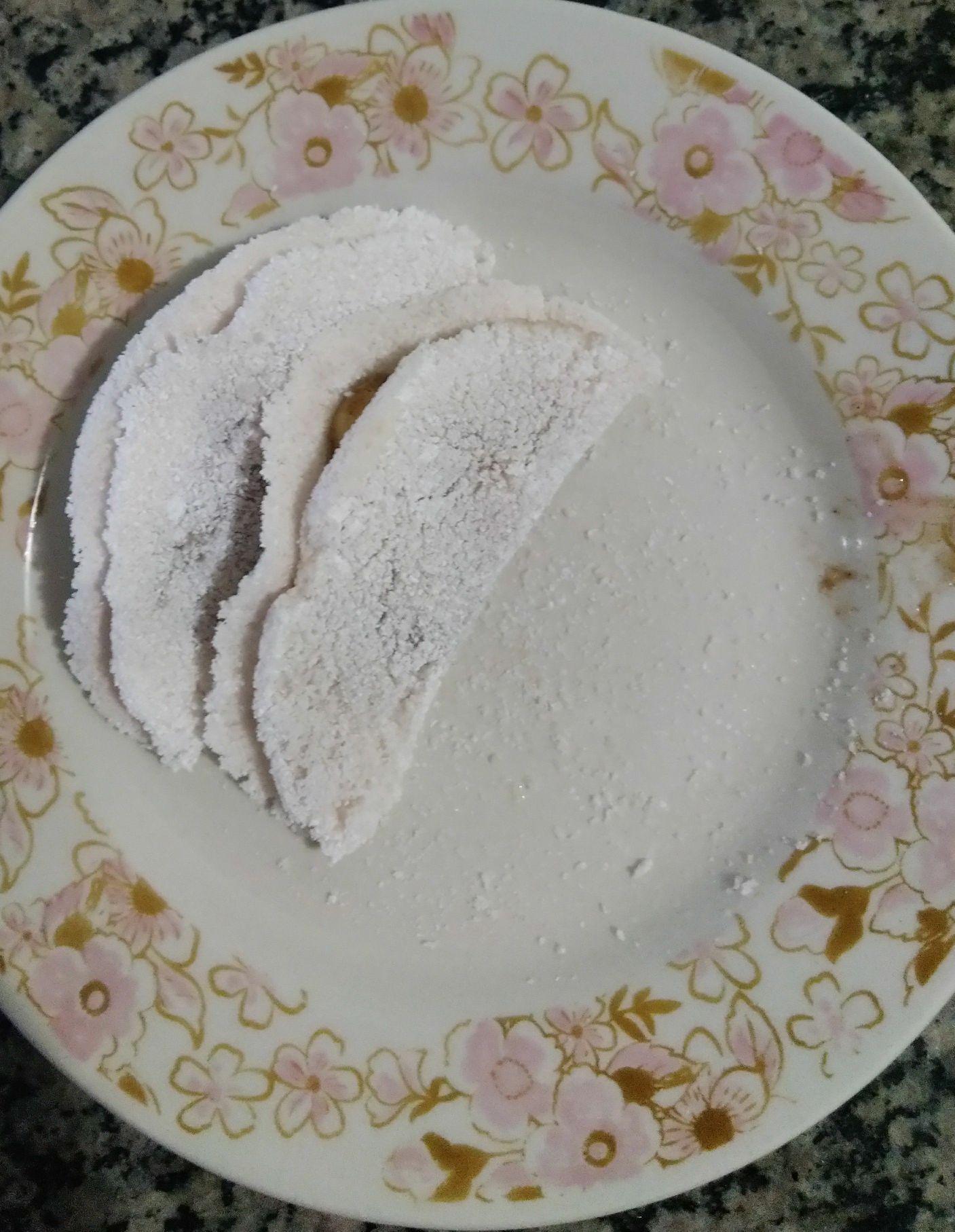 Tapioca de banana caramelada e canela