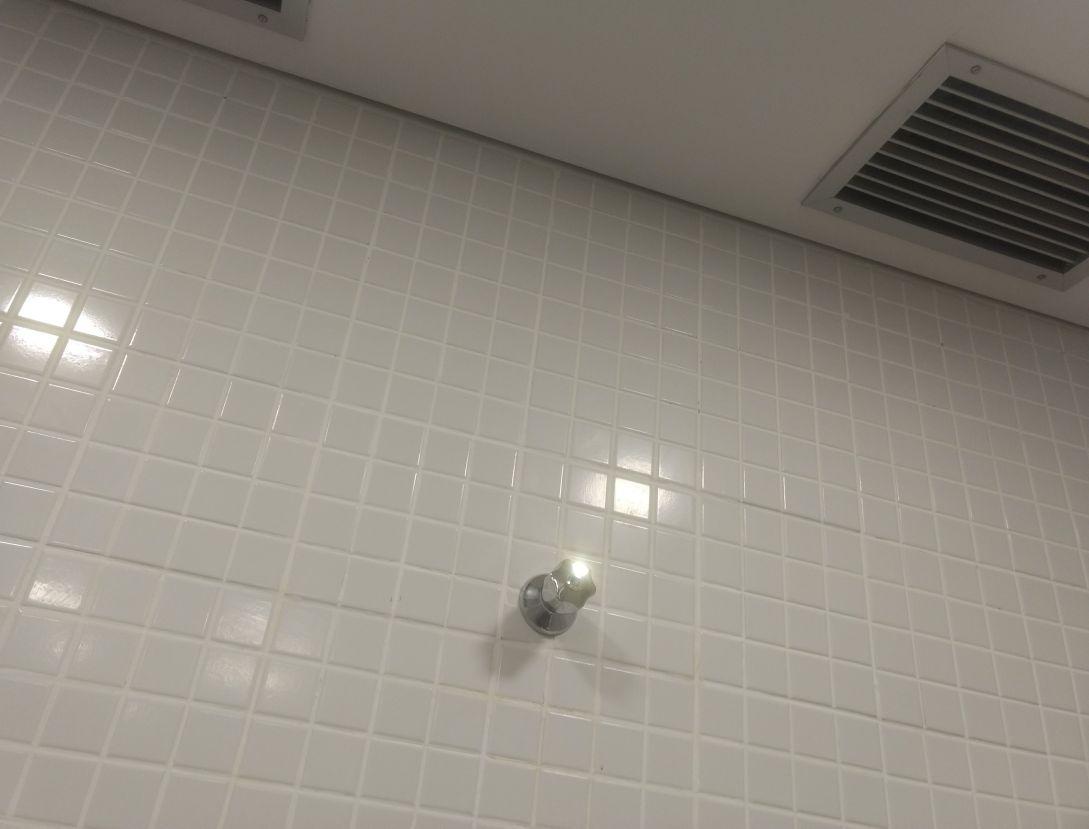 instalação de registro de água no banheiro