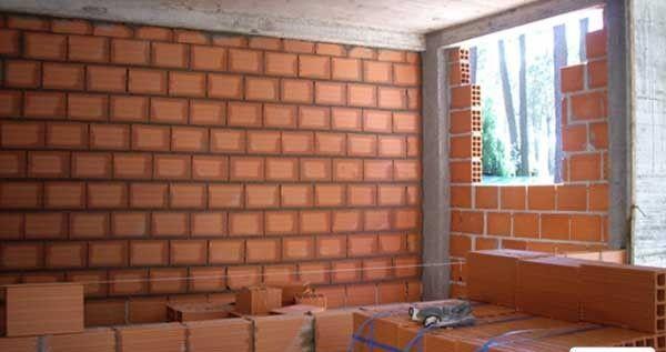 Finalizando paredes .