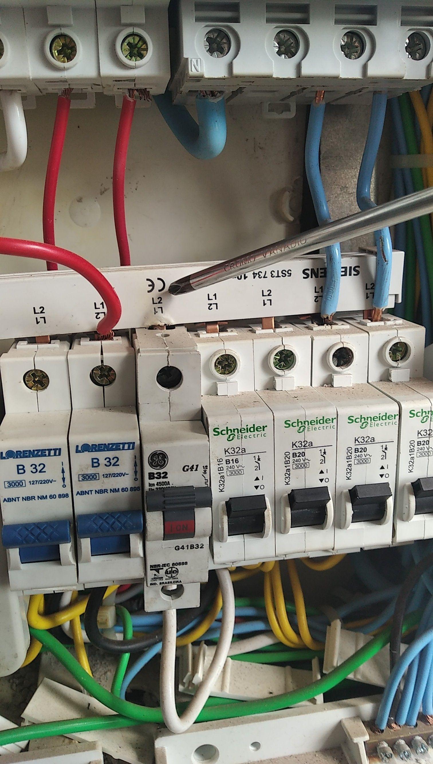 Serviços de eletricista em geral