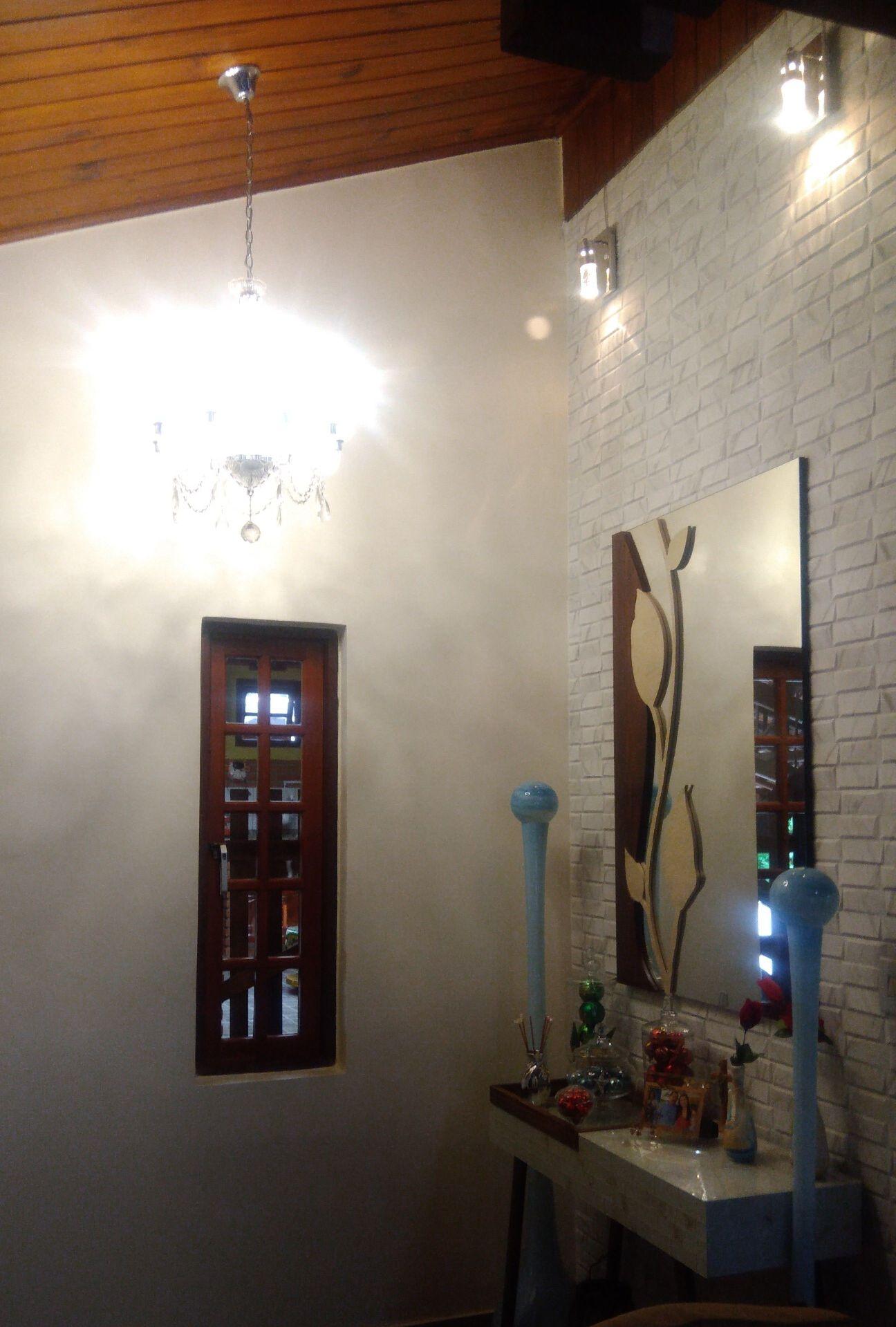 Instalação de Lustres, Luminárias e Espelhos.