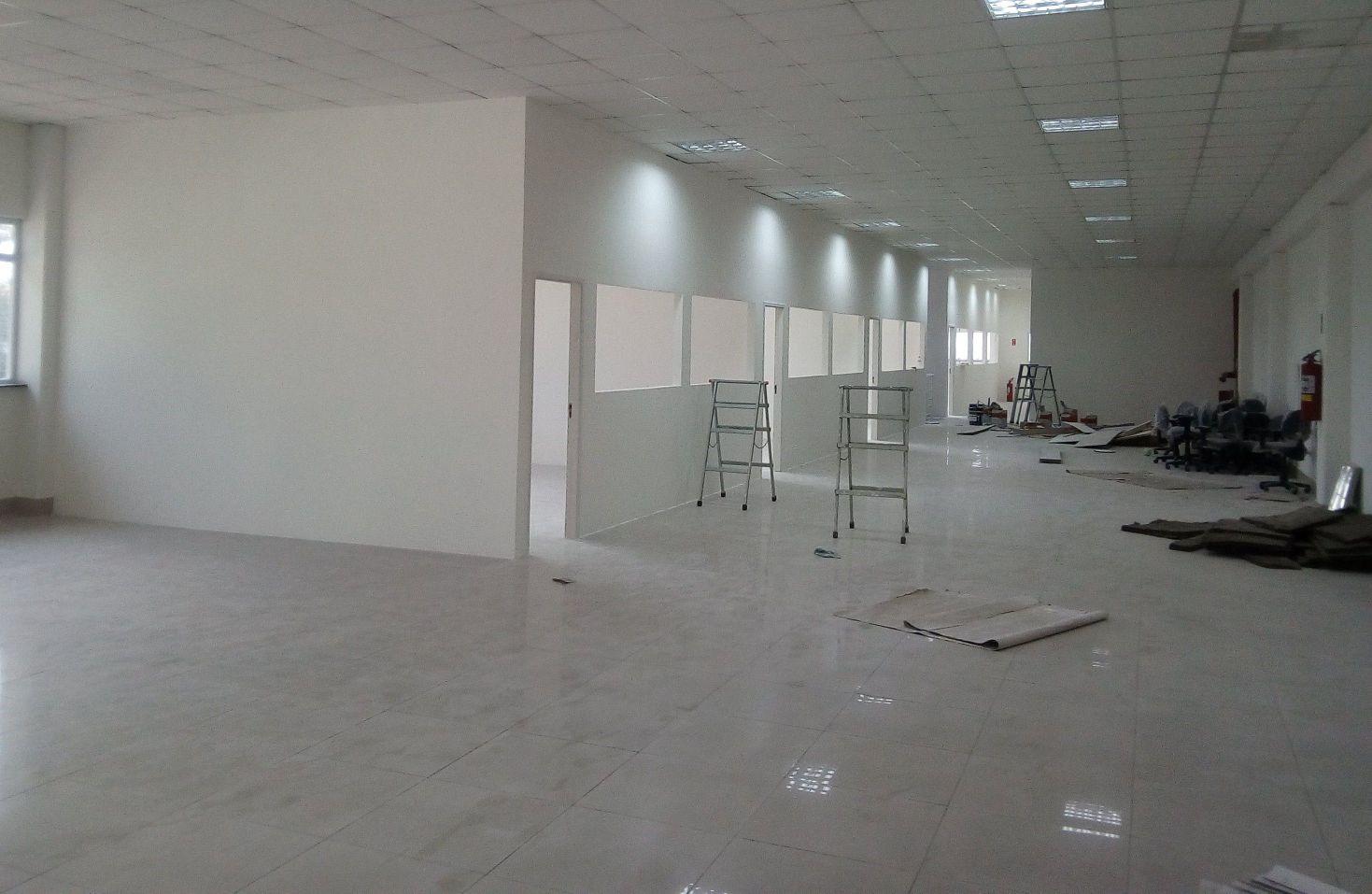 salas em drywall com acabamento em SBC