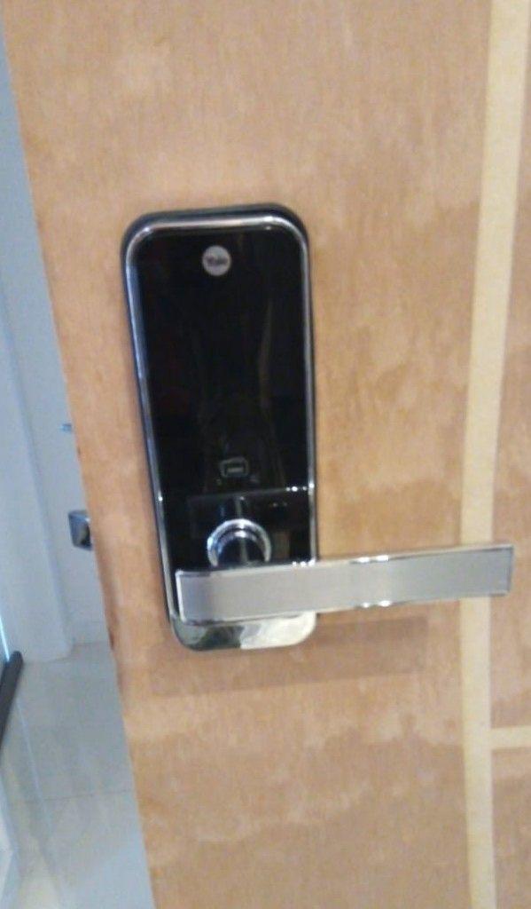 Instalação de fechaduras digitais