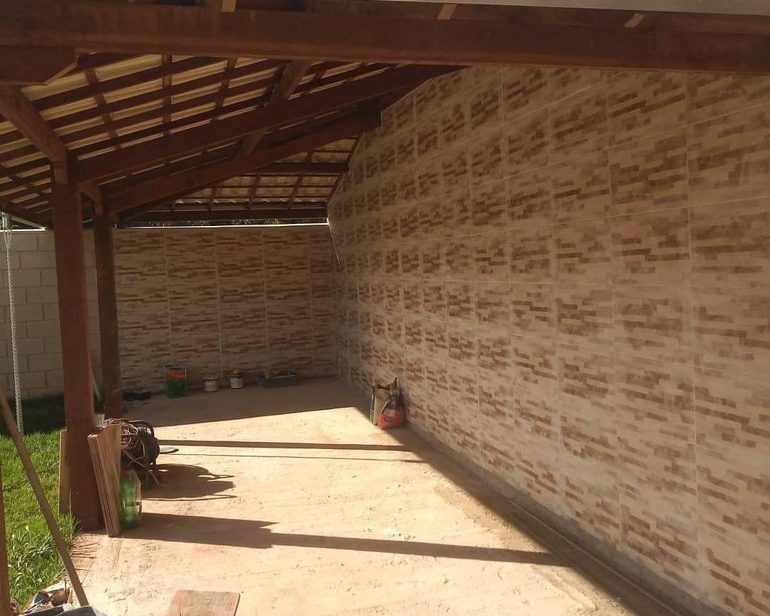 revestimento e telhado