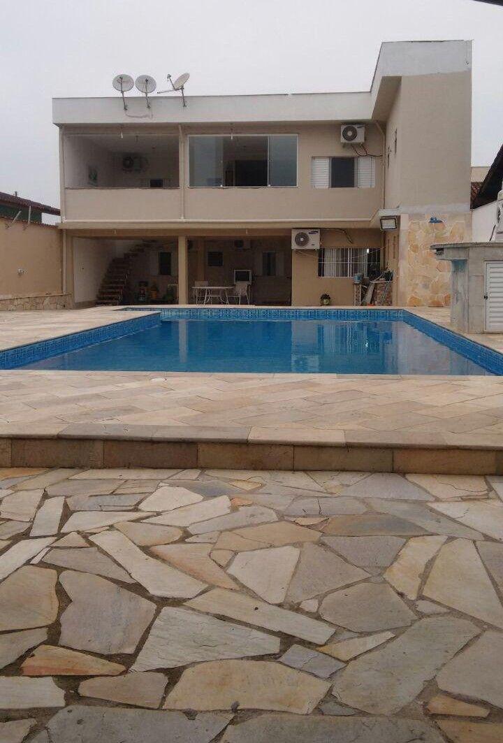 reforma da piscina e fachada do imóvel
