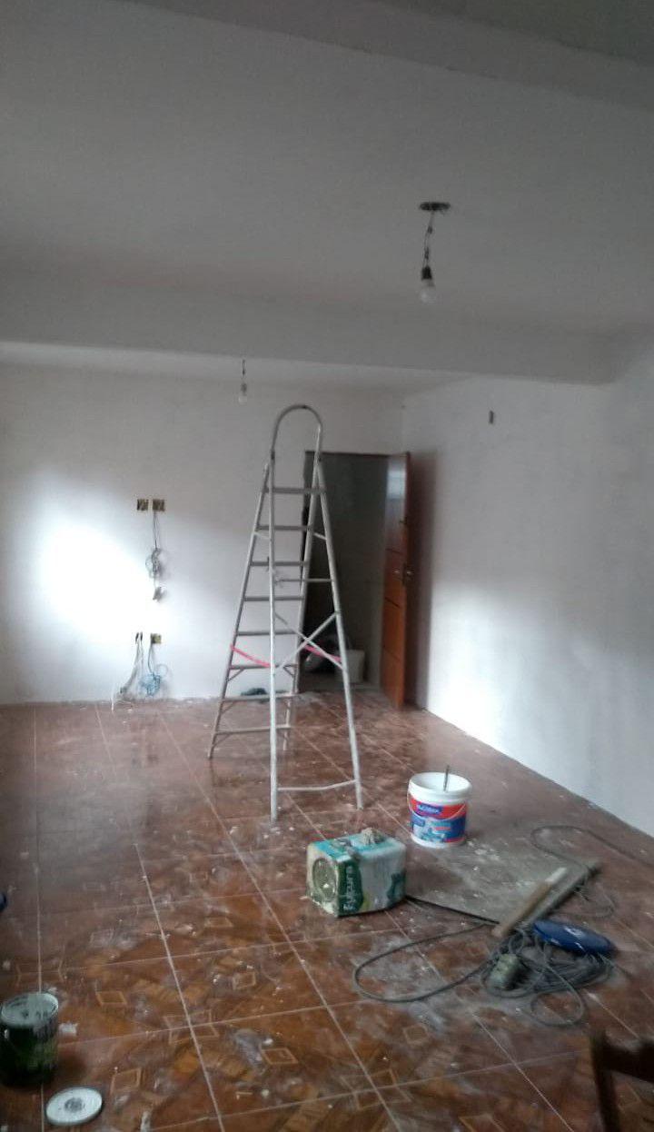 terminando o acabamento da sala