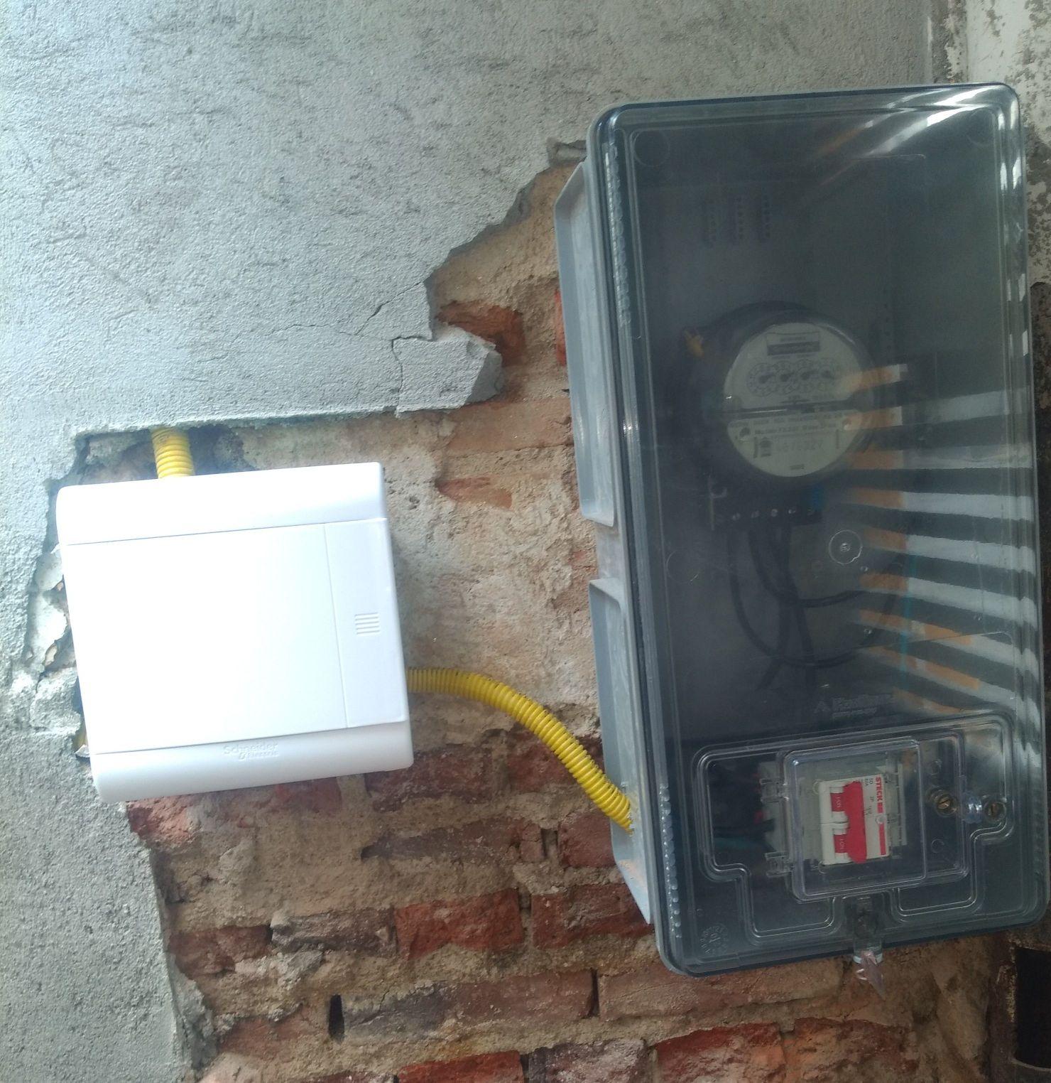 instalação de medidor de energia