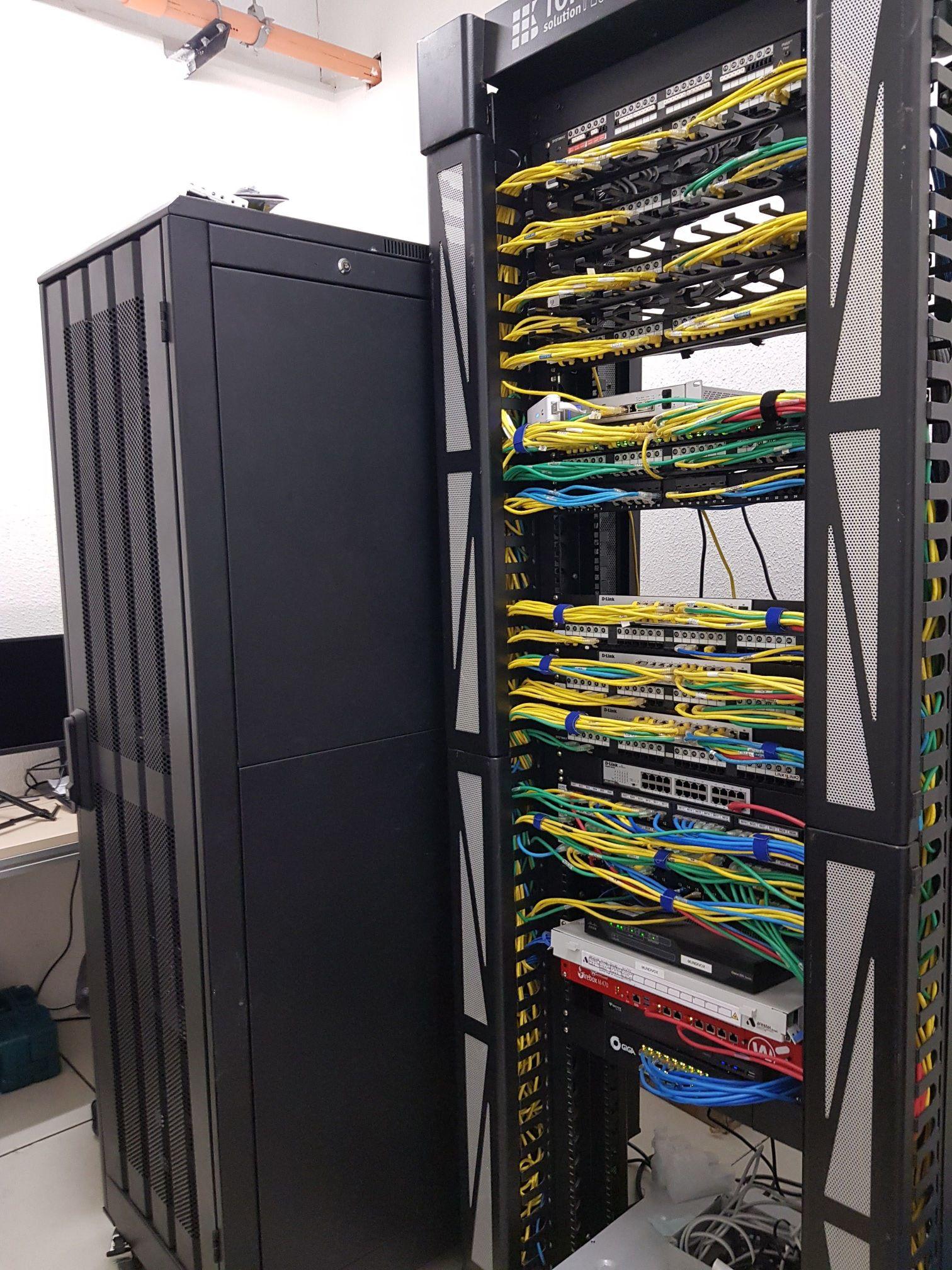 Sala de rede prédio NCP