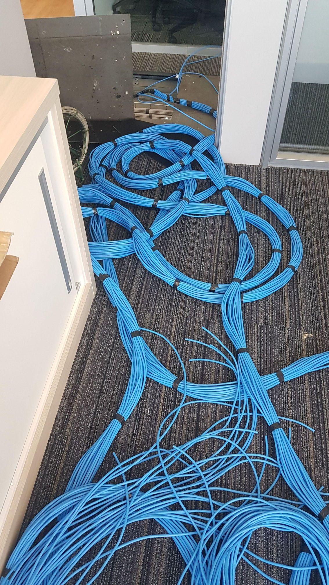 Cabeamento de rede do prédio Novo Cais