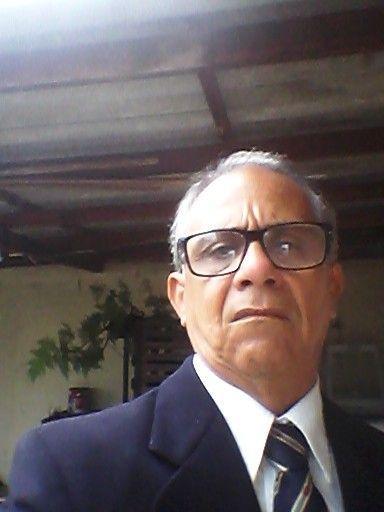 José vivo (Diretor)