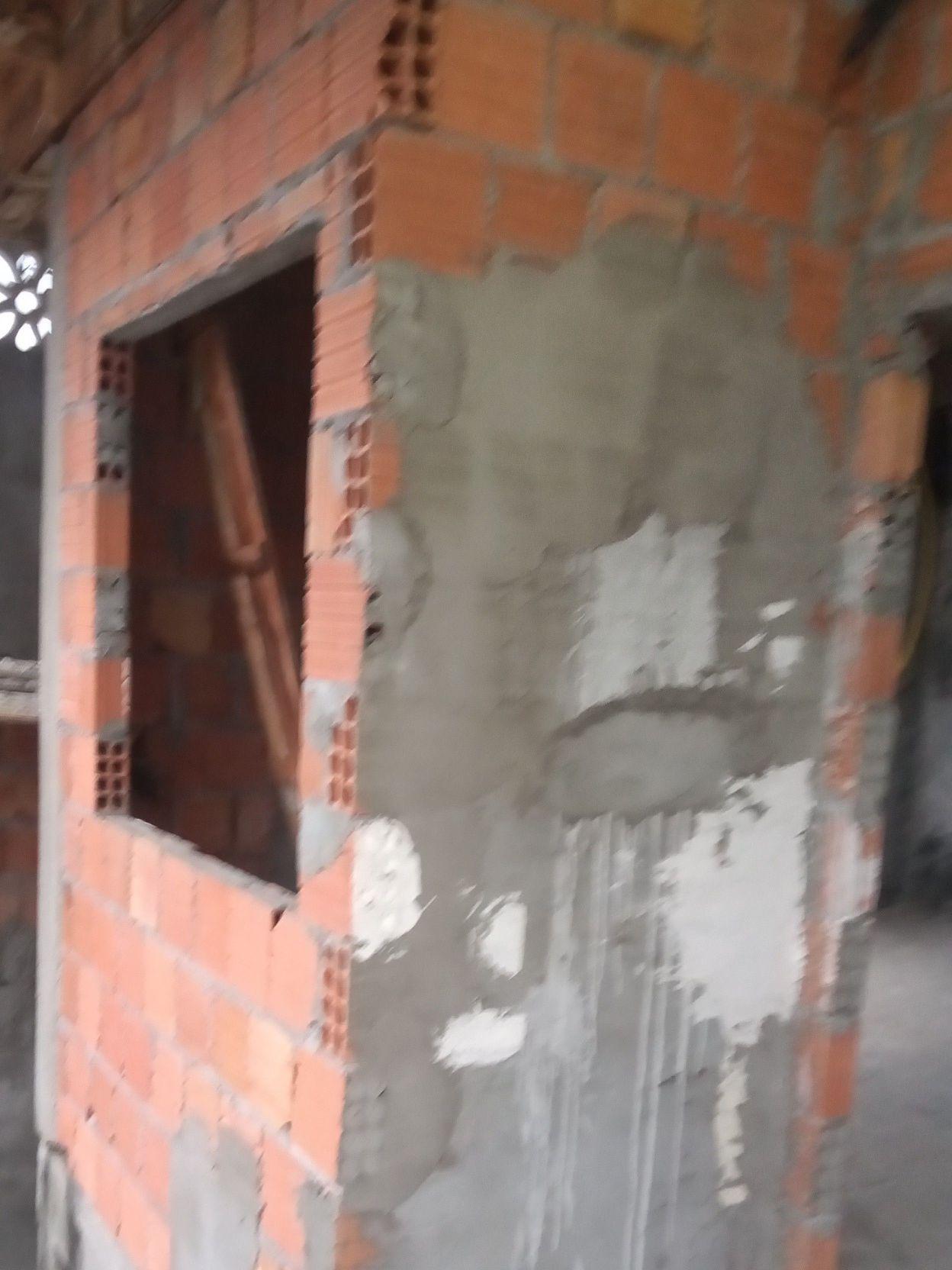 acentamento de tijolos