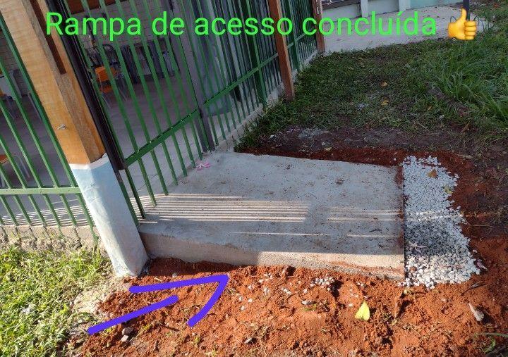 Edificação de rampa de acesso para cadeirantes