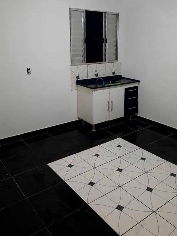 finalização de piso sobre piso