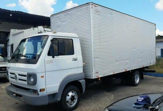 um dos caminhões disponíveis
