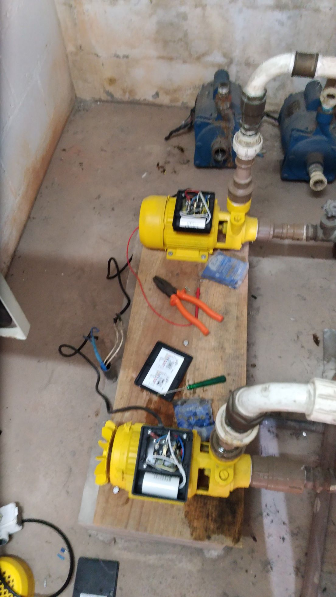 instalação de bombas d'água