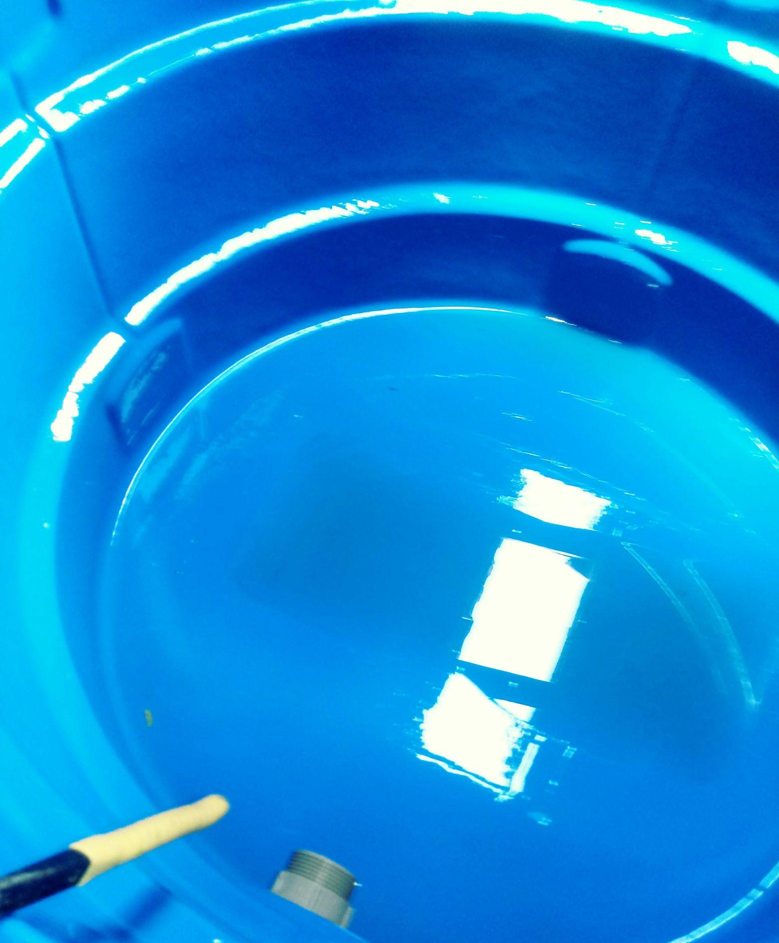 Limpeza de caixa d'água, realizada em residência.