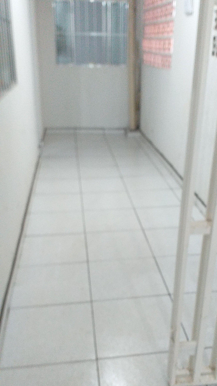 colocação de piso e azuleijos