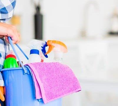 serviços de limpeza e organizaçao de sua residênci