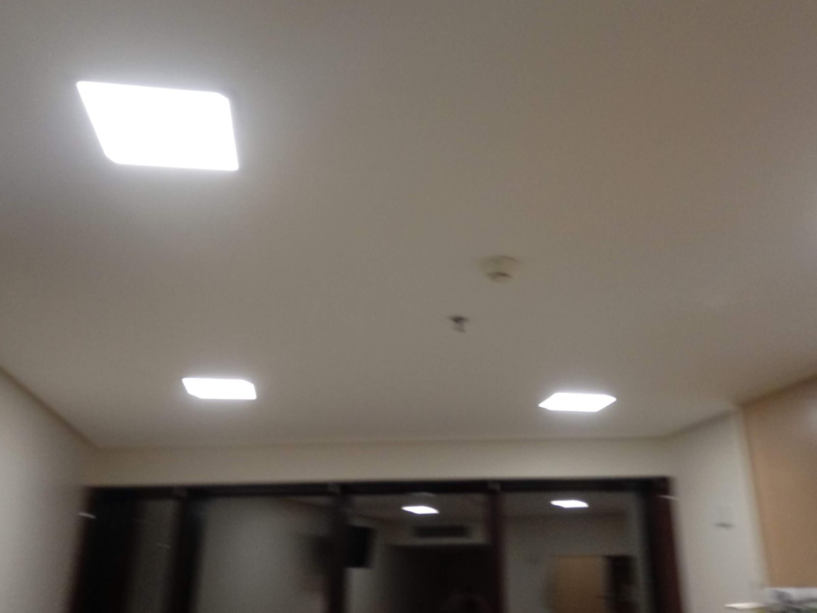luminárias, paflons, lâmpadas....